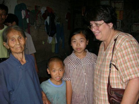 Mo Renjiao_s family in 2005