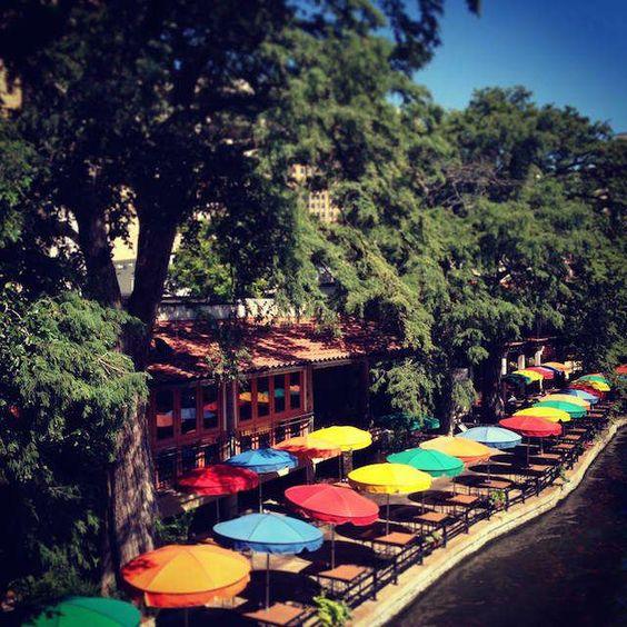 guide to san antonio riverwalk river walk texas