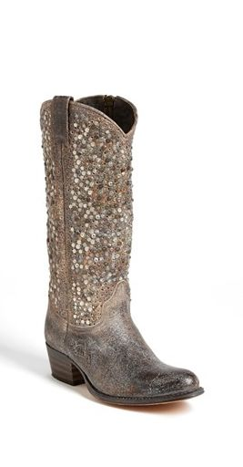 Sparkly cowboy boots? Yes please! | Fashion Finds | Pinterest