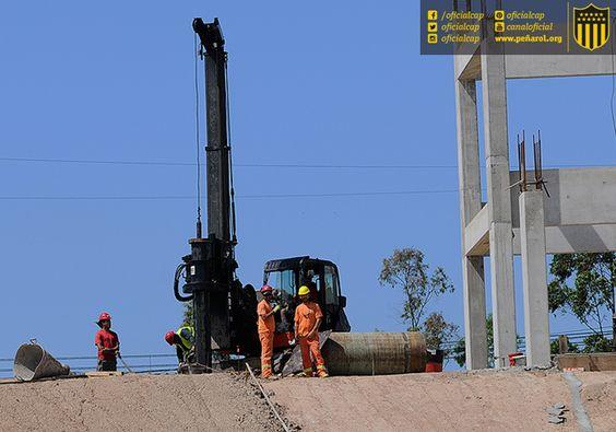 #EstadioCAP | Postales de las obras de construcción del Estadio de Peñarol | 10 meses en obra http://www.estadiocap.com.uy