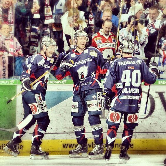 Zwei Siege für die #Eisbaeren in einer Woche gegen die Adler Mannheim.