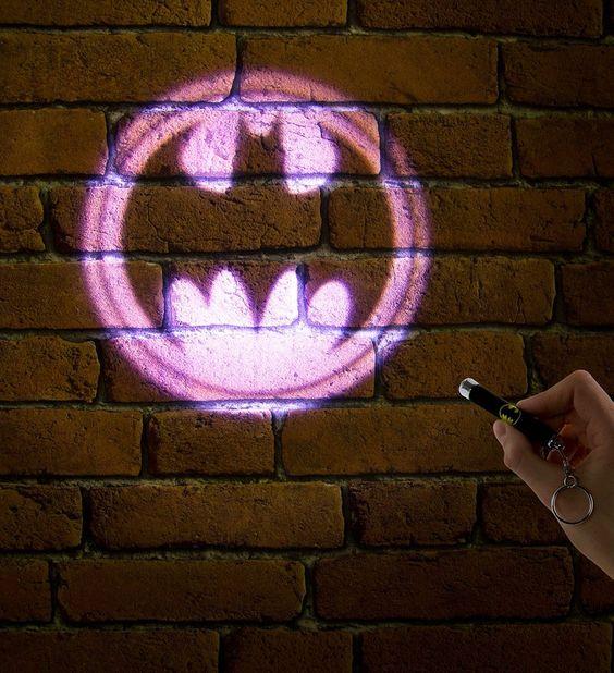 Linterna Proyector Simbolo de Batman #dccomics #batman