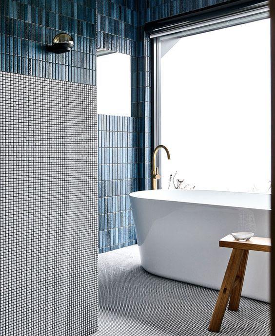 Diseño de baño azul