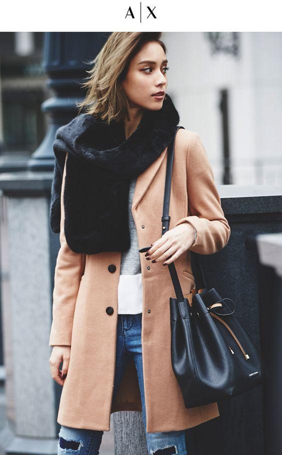 滝沢カレンのコート