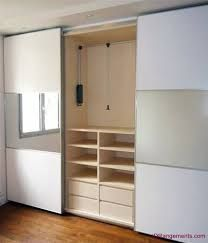 Resultado de imagen para closets modernos con espejo para for Closet de madera para dormitorios