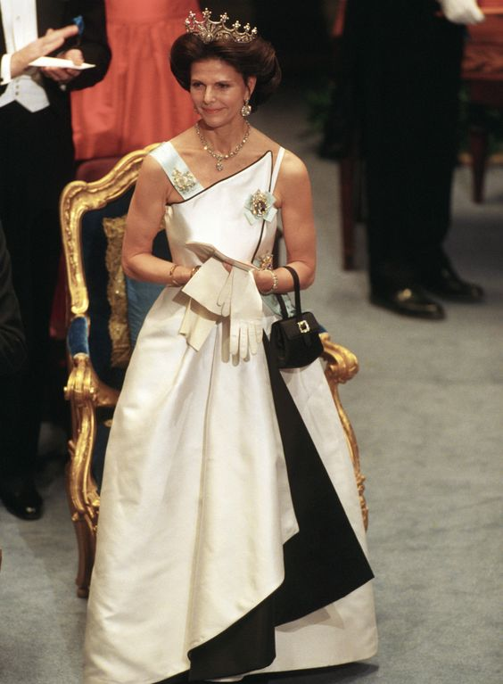 Queen Silvia at the Nobel prize ceremony in 1994 Dress made by Jacques Zehnder