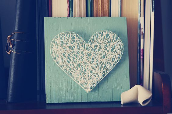 simple string art makes for easy and cheap but pretty goodness :) #stringart #diy