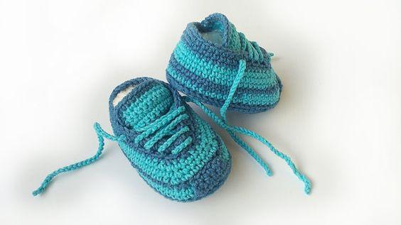 Crochet scarpe da ginnastica bambino uncinetto di KrissiCrochets