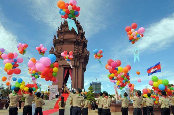 Nơi đây là đài tưởng niệm những dân Campuchia đã hi sinh vì chiến tranh