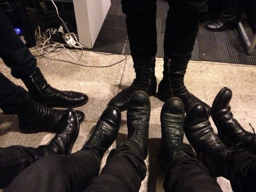 sablesyndrome:  mingu9kim:  Shoes   thegentlemanwitch