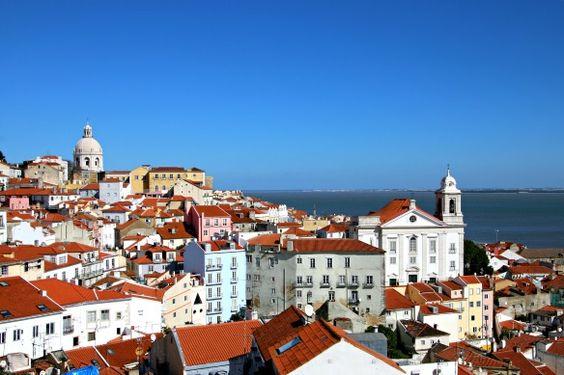 Portugal: Die 7 Highlights von Lissabon | Travel on Toast | 28 / 02 / 2015 Portugal: Wir verbringen ein Wochenende in Lissabon. Ich verrate euch, ob sich der Besuch auch im Winter lohnt und unsere 7 Highlights der Trendstadt.  #Portugal