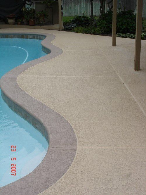 Pool Deck Spray Texture With Color Band Jpg In 2020 Painted Pool Deck Pool Makeover Pool Decking Concrete
