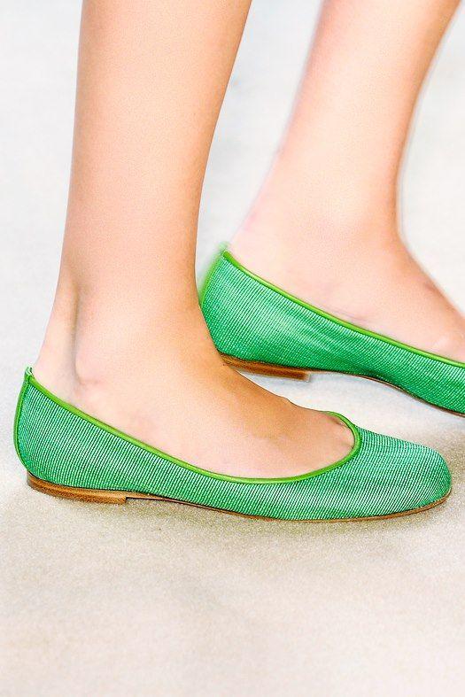 motivational trends: Flat Shoes Design Ideas