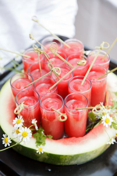So refreshing and perfect for a summer wedding! #weddingideas {Above and Beyond Catering}