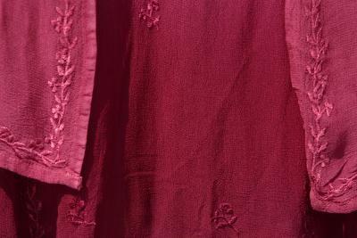 Cómo hacer toallas bordadas con ribete | eHow en Español