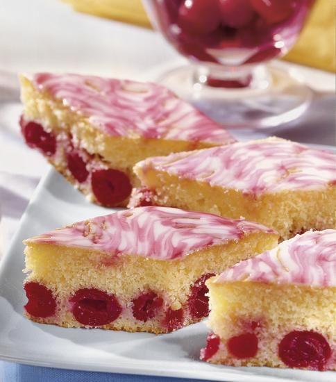 Griess Mandel Kirsch Kuchen Rezept Leckere Kuchen Kuchen Mit Kirschen Kuchen Und Torten Rezepte