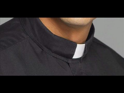 ENTREVISTA DE LA REVISTA ¡DESPERTAD! A un Sacerdote Católico le predican dos…