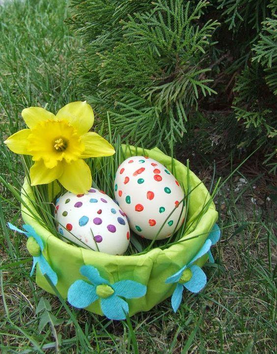 Tojástartó kosárkák húsvétra
