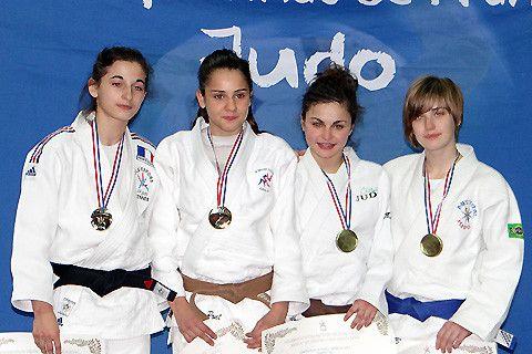 En février se déroulaient à Paris les championnats de France cadets. 9 athlètes de l' OM Judo s'étaient qualifiés
