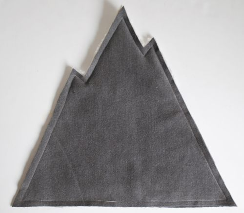 designsponge-diy-12-12-mountain-pillow-step6