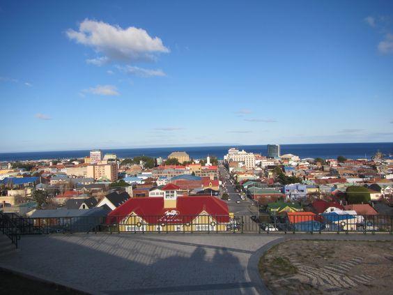 Ciudad de Punta Arenas. Estrecho de Magallanes. Vista desde el Mirador. XII Región de Magallanes. Chile.