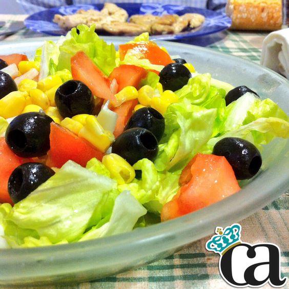 Hoy @DrLove me ha preparado una ensaladita  y unos filetes de pollo a la plancha con ajito! #ArnyDeliciosos #DrLove