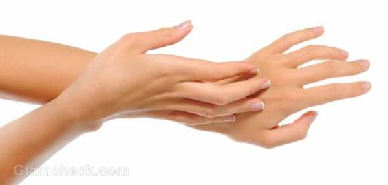 Peeling fingertips can be quite an annoyance if not catered for in the initial stages. Tips to get rid of peeling fingertips on a permanent basis