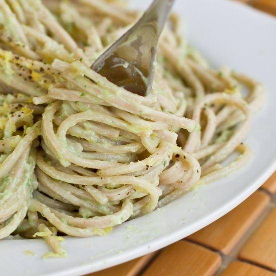 Cream of avocado pasta sauce: this was so delicious! Romi loved it! Next time I'll also add mushrooms & chicken