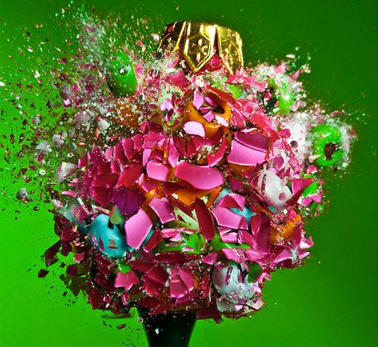 Jaw-Dropping Photos of Exploding ChristmasOrnaments By Judy Berman on Dec 19, 2011 12:30pm