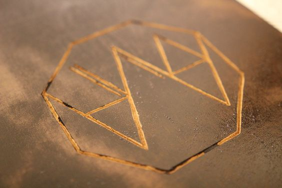 Linolworkshop #linoldruck #linolschnitt #diy #selfmade #handmade #branding #name #logo #print #jutebeutel #papercraft #stamping #köln #workshop