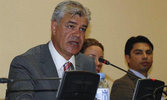 Alpidio Armas dice que El Hierro sufre las inclemencias del Gobierno canario - http://canariasday.es/?p=55109