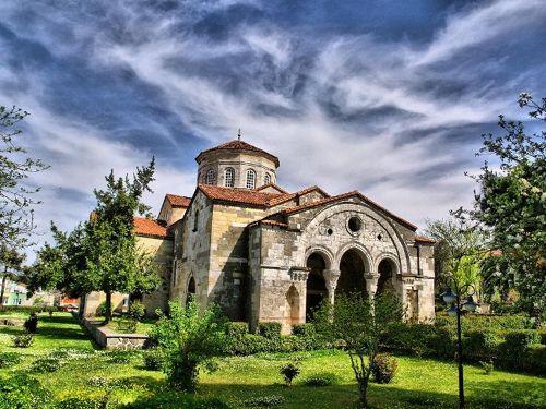 السياحة في طرابزون اهم 11 من الاماكن السياحية في طرابزون تركيا Hagia Sophia Trabzon Black Sea