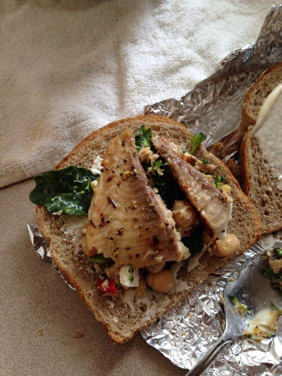 Tilapia and greens sammich