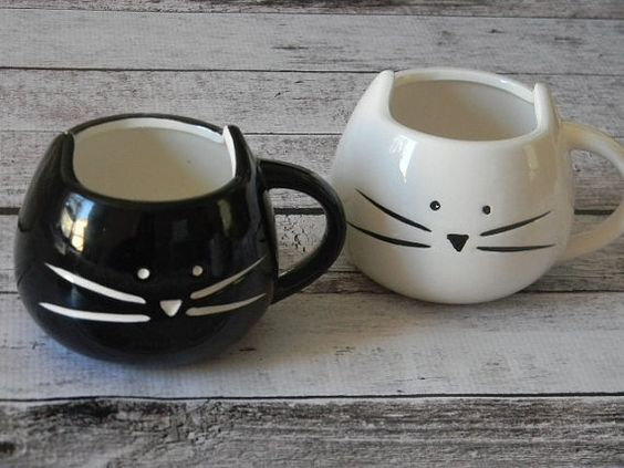 How cute are these kitty mugs on Etsy!