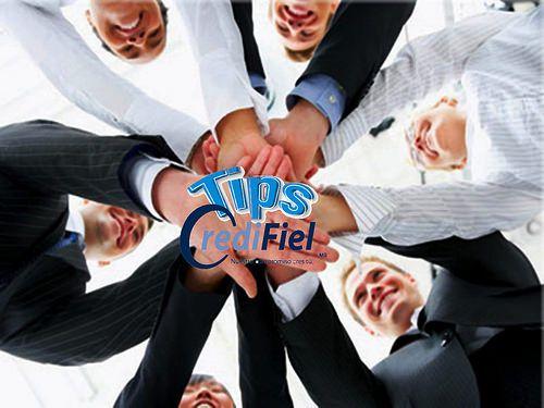 TIPS CREDIFIEL te da algunos tips si vas a iniciar un negocio. inicia tu negocio a tiempo parcial. Trata de planificar tu proyecto de negocios involucrándote a tiempo parcial y apoyado por alguien de tu entera confianza que incluso puede participar de las utilidades así como de los logros y pequeños fracasos y ya estando estable, ahora si dar el siguiente paso. http://www.credifiel.com.mx/