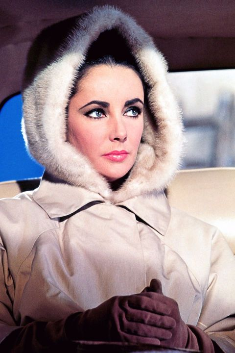 10 snow style icons we can always look to for ski bunny outfit inspiration: Elizabeth Taylor