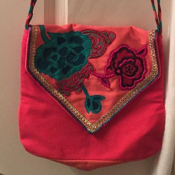 Long cross body purse Cross body comes down to hip, New never used Brave Girl Bags Crossbody Bags