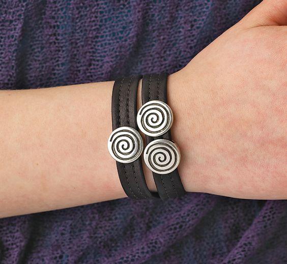 - Three Spirals Leather Bracelet