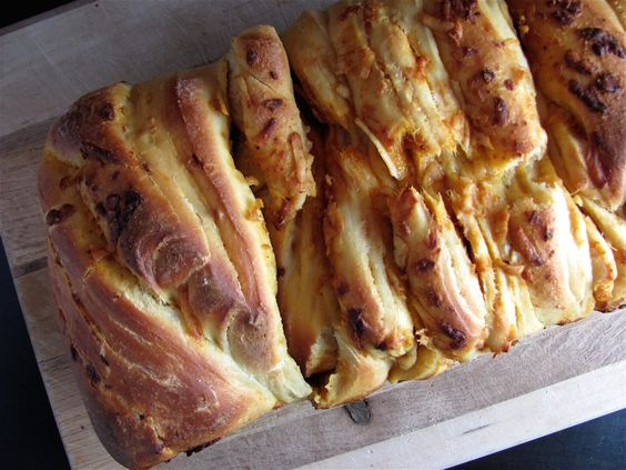 Cabot Cheddar, Beer and Mustard Pull-Apart Bread