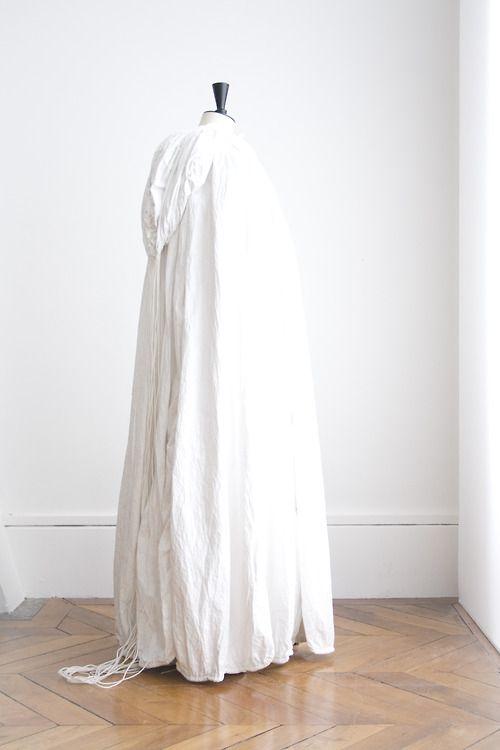 extrait de l'exposition Laps, Marie-Ange Guilleminot en ce moment à la Cité de la céramique à Sèvres.  photo ©diane schuh