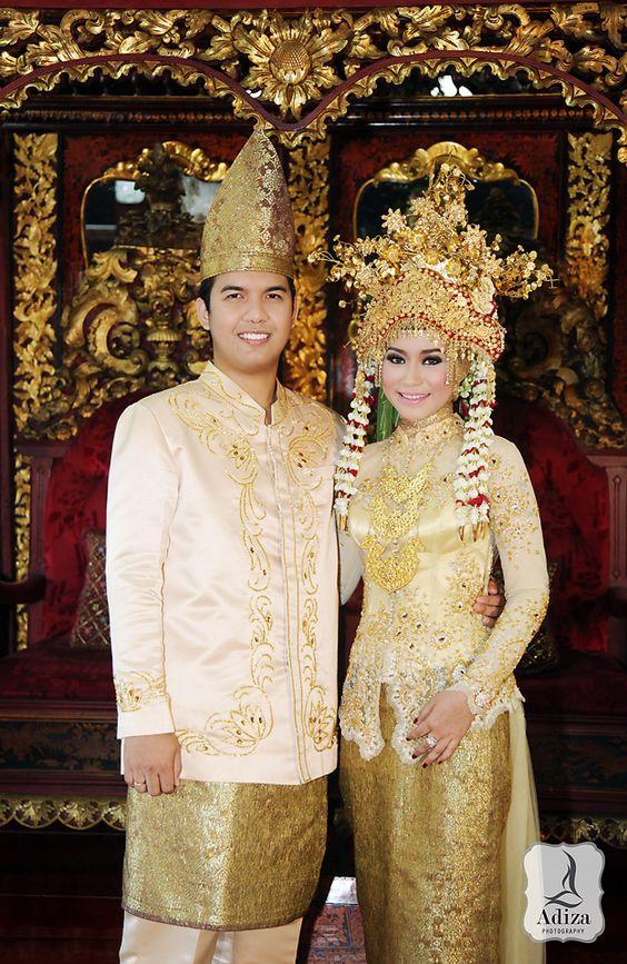 Южна Суматра сватба облекло