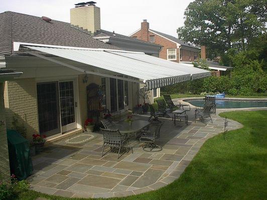 Sunair retractable awning
