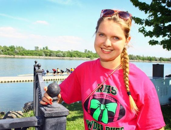 ROWING: Roosevelt exchange student Cornelia Reigler finds 'stroke' in United States (PHOTOS) - thenewsherald.com