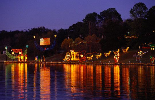 Natchitoches Christmas Festival of Lights (Natchitoches, LA):