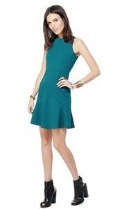 Carice Dress from the Jack by BB Dakota line.  #tealdress #fallstyle #laurennicole #dresses  www.Shoplaurennicole.com