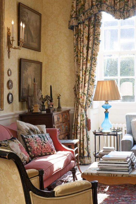 European classic style decor is complimented by patterned wallpaper