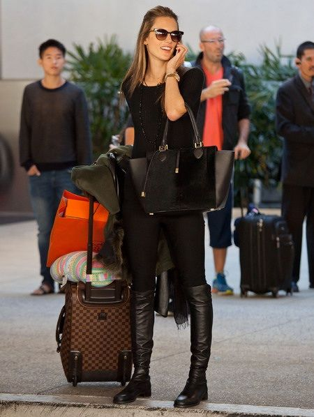 airport celeb outfit