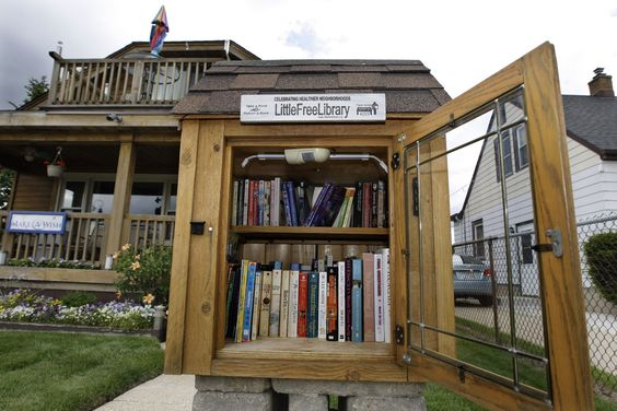Milwaukee area residents give tips about what worked best for their Little Free Library design.:
