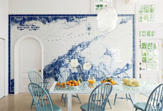 A beachy dining room by Russell Piccione Design. Photo by Roger Davies.