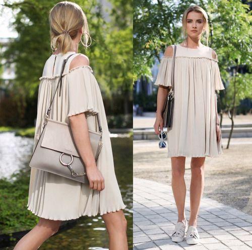 Vestido estilo túnica com ténis